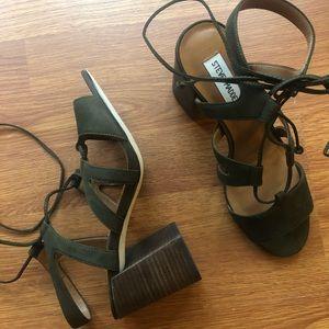Olive Steve Madden Strappy Heel Sandals